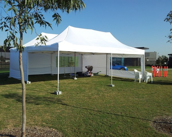 Marquee 8m x 8m
